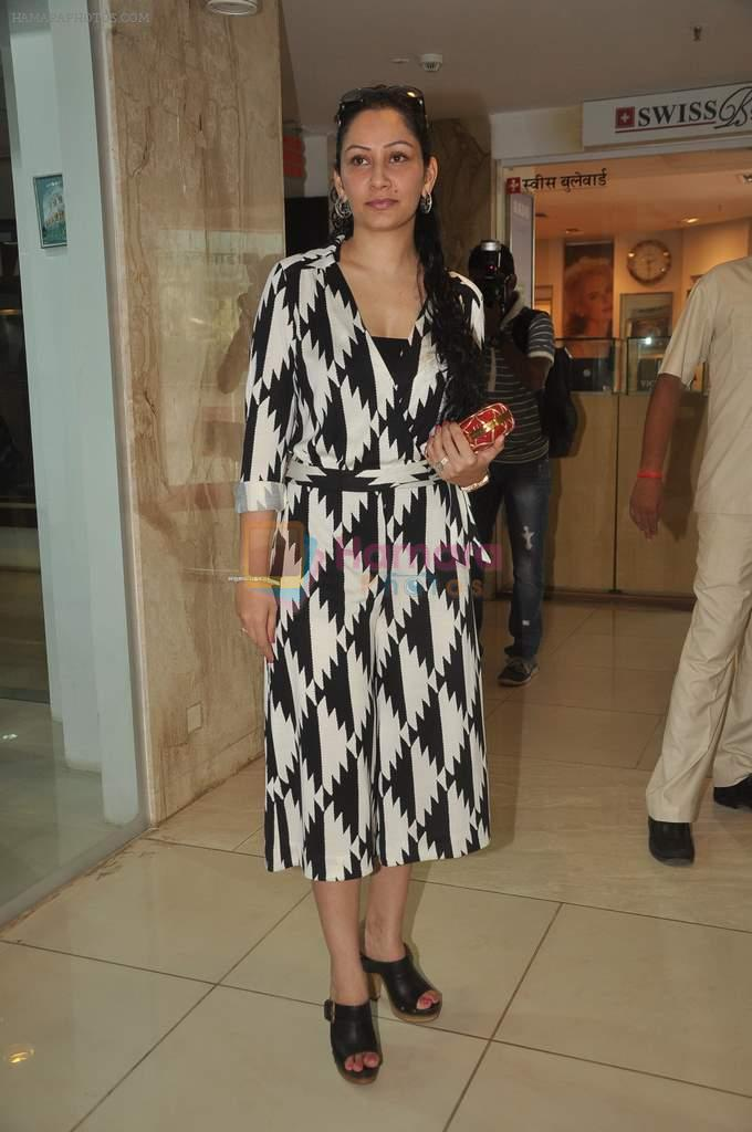 Manyata Dutt at Rotary watch launch in Atria Mall on 1st Feb 2012