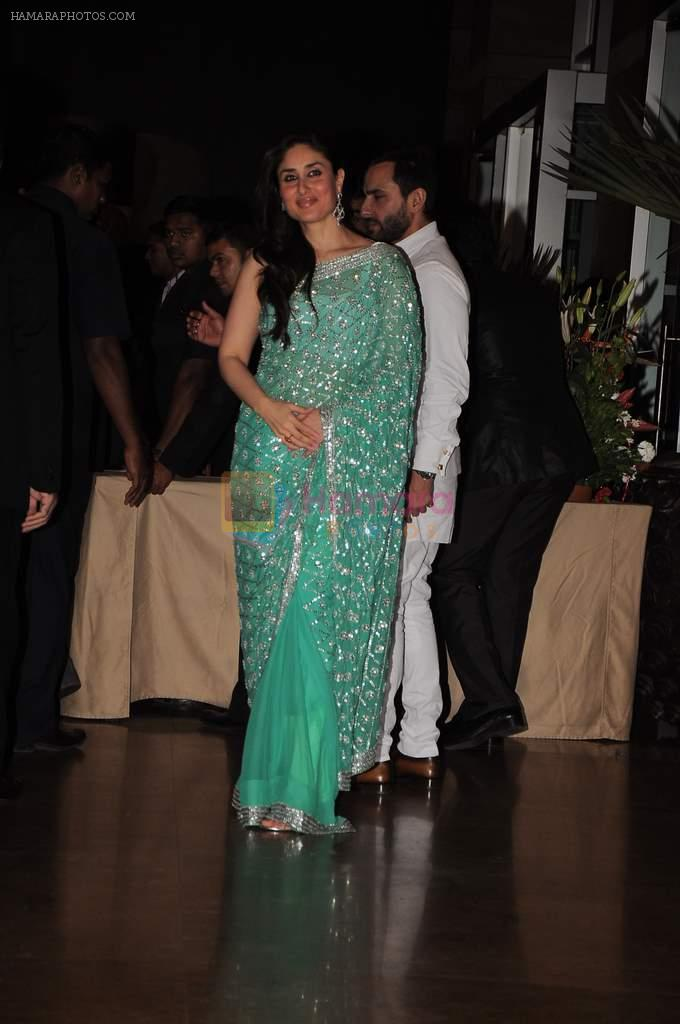 Kareena Kapoor, Saif Ali Khan at Genelia D'souza and Ritesh Deshmukh wedding reception in Hotel Grand Hyatt, Mumbai on 4th Feb 2012