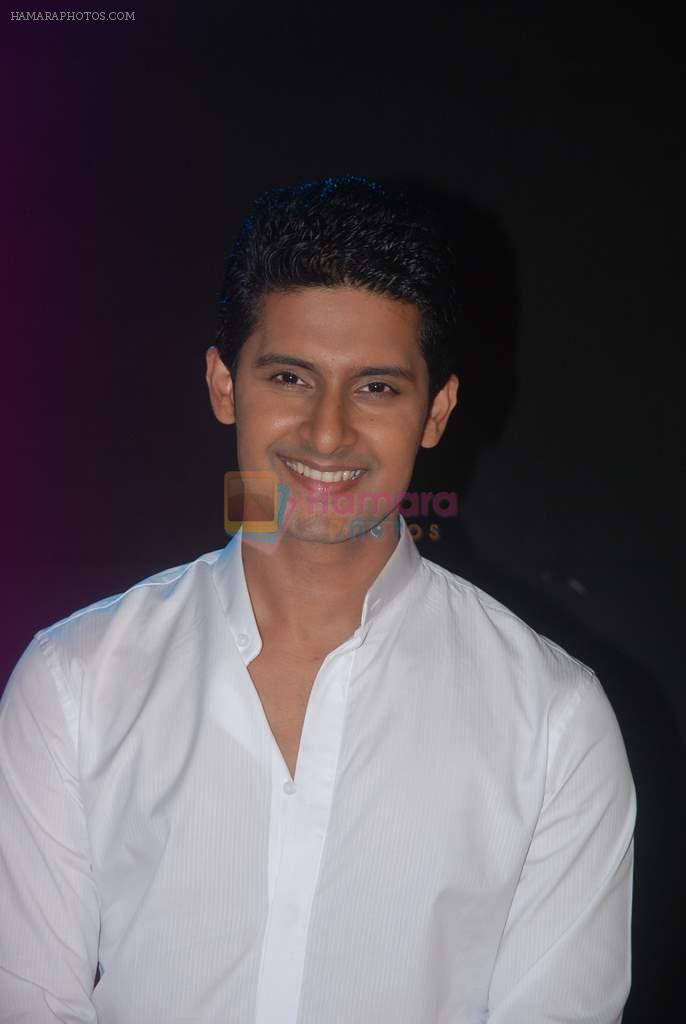 Ravi Dubey at CID Veerta Awards in Mumbai on 11th March 2012