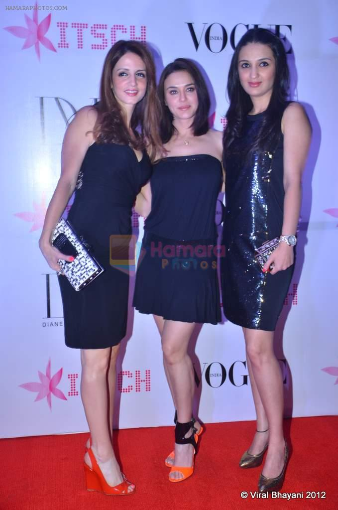 Suzanne Roshan, Anu Dewan, Preity Zinta at DVF-Vogue dinner in Mumbai on 22nd March 2012