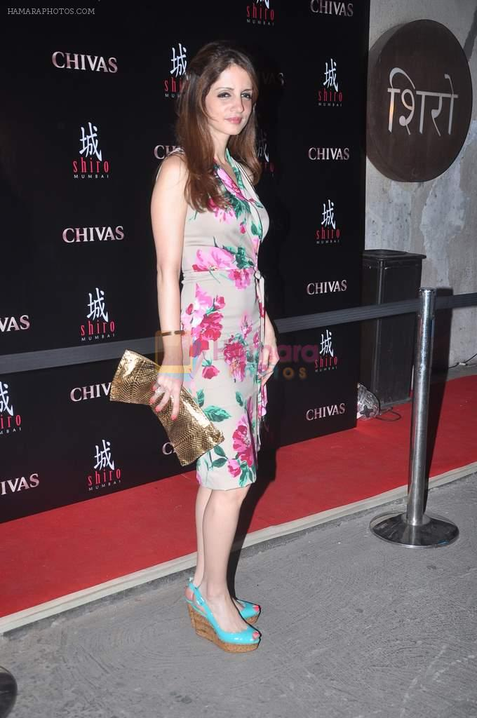 Suzanne Roshan at Arjun and Rohit Bal's bash in Shiro, Mumbai on 28th March 2012