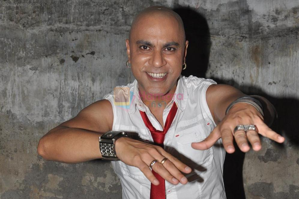 Baba Sehgal on location of the video shoot for his upcoming single release Mumbai City
