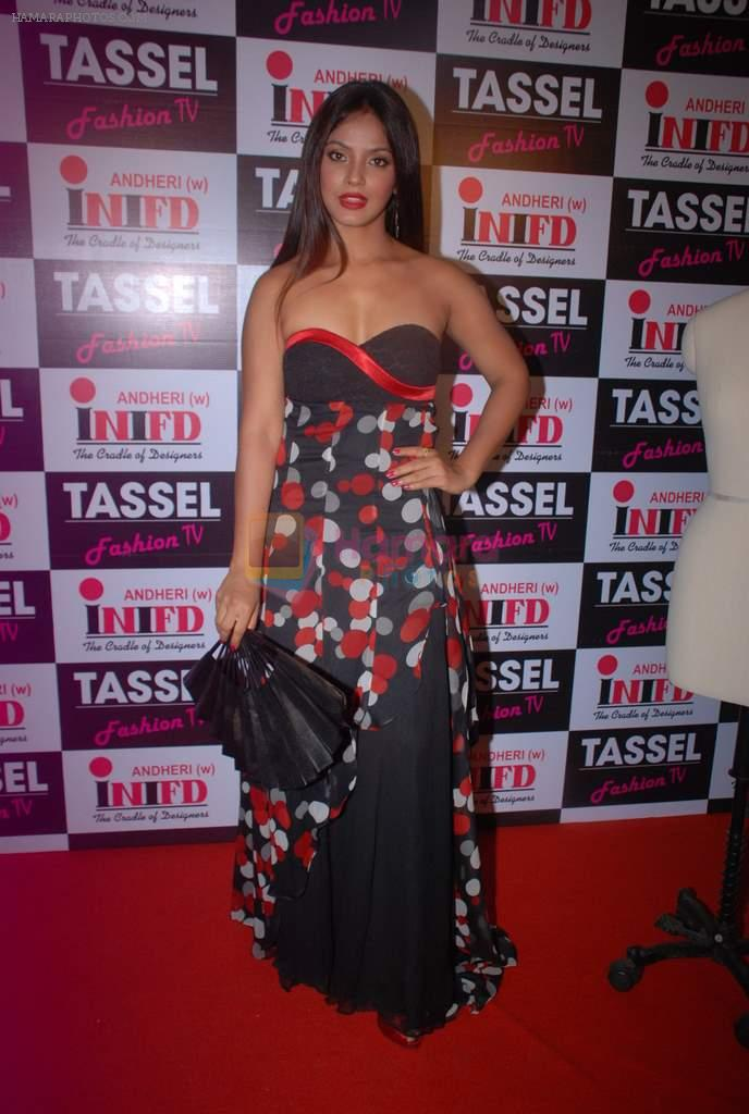Neetu Chandra at Tassel show of INIFD Andheri branch in St Andrews on 29th June 2012