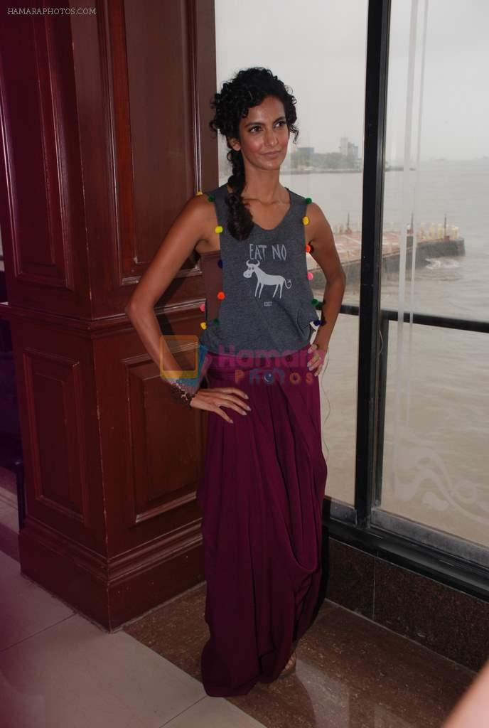 Poorna Jagannathan proudly declares, I AM A VEGETARIAN in new PETA AD in Mumbai on 9th July 2012