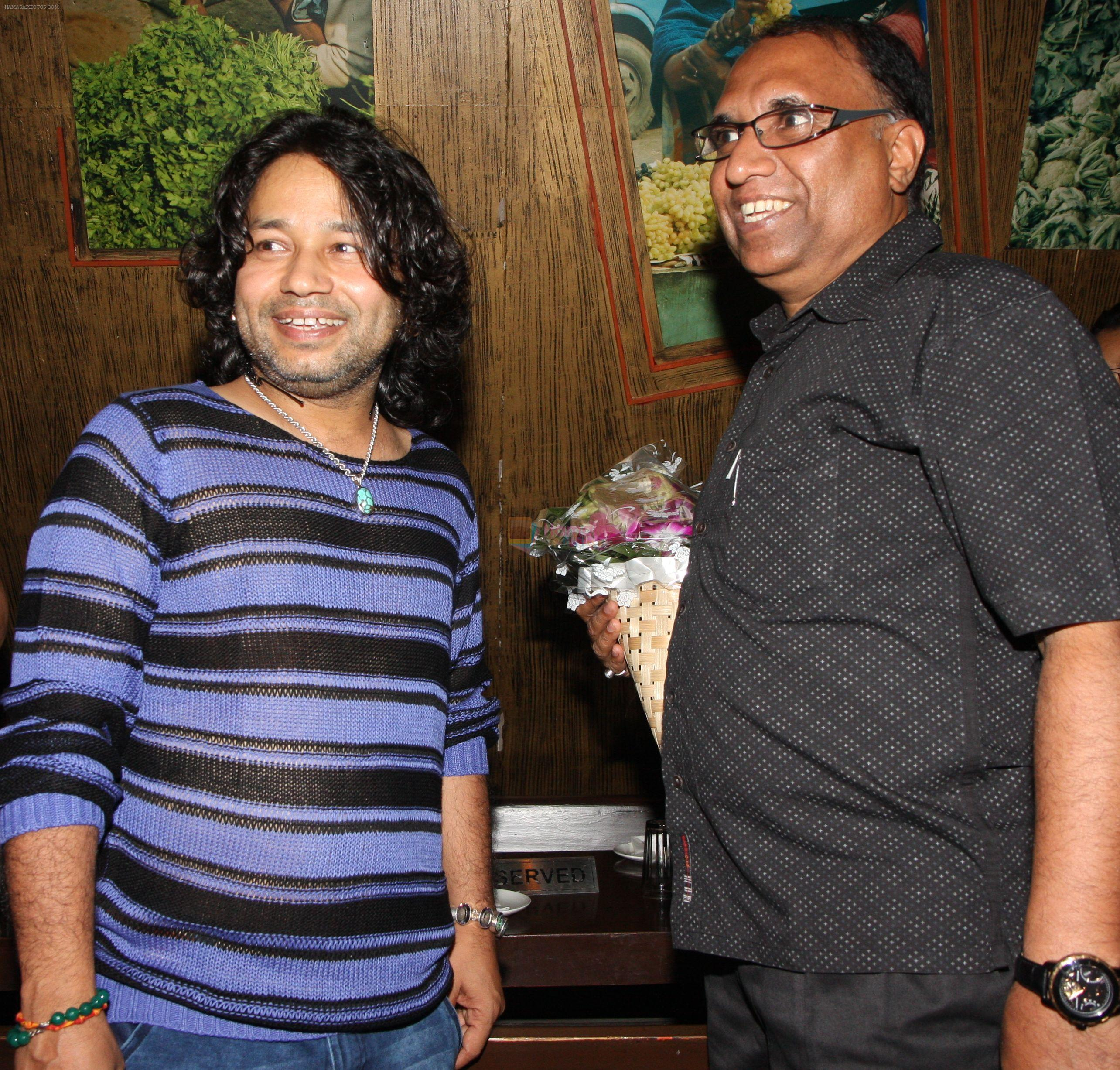 Kailash Kher with PRO Harish Sharma at Kailash Kher's Birthday Party in Masala Mantar, Mumbai on 9th July 2012