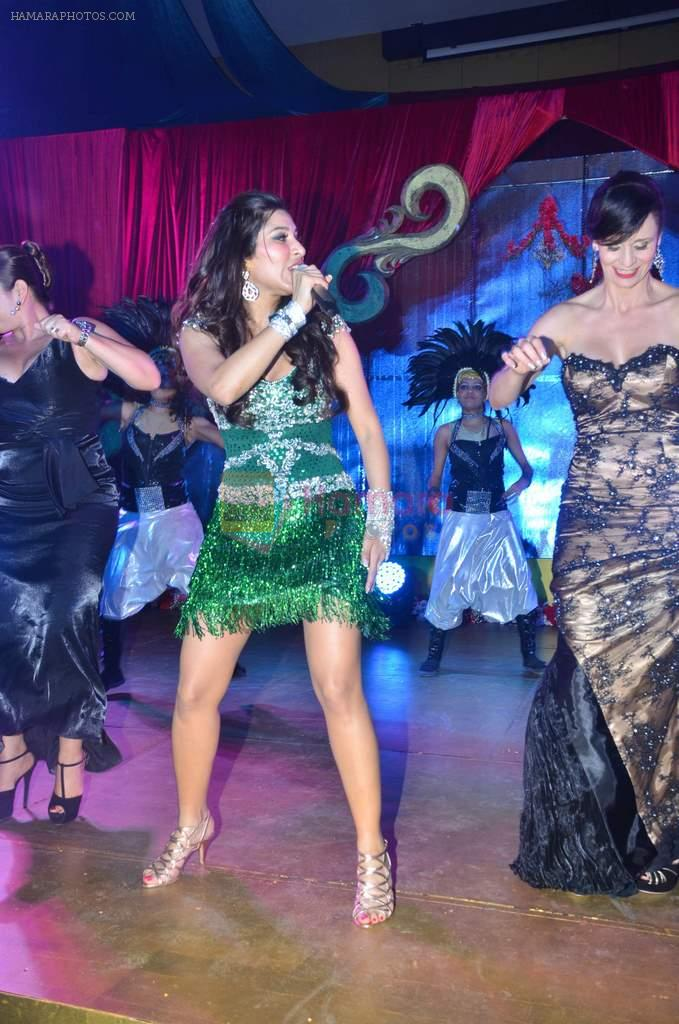 Sophie Chaudhary at Varun and Michelle's wedding in Banyan Golf Club, Thailand on 9th July 2012