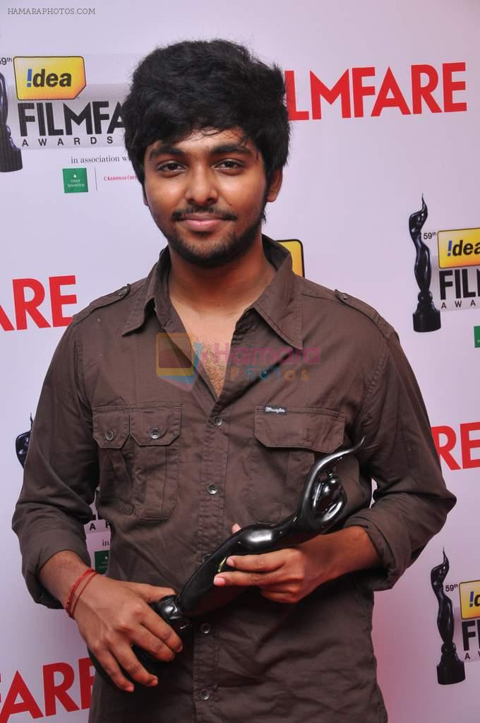 GV Prakash receieved The Best Music Director Award (Tamil) for the movie Aadukalam  at the _59th !dea Filmfare Awards 2011_