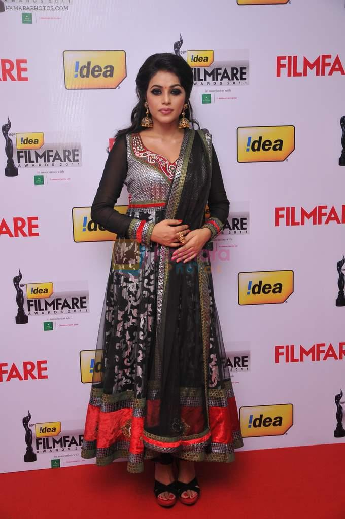 Poorna at the Red Carpet of _59th !dea Filmfare Awards 2011_