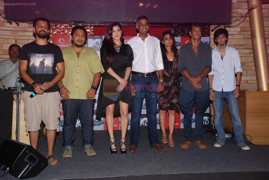 Shruti Hassan, Milind Soman at MTV Rush press meet in Red Ant Cafe, Mumbai on 10th July 2012
