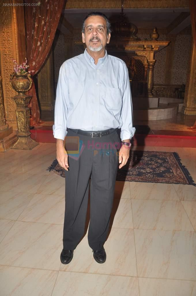 Shishir Sharma at Yahan Main Ghar Ghar Kheli 700 episodes celebrations in Filmcity, Mumbai on 10th July 2012