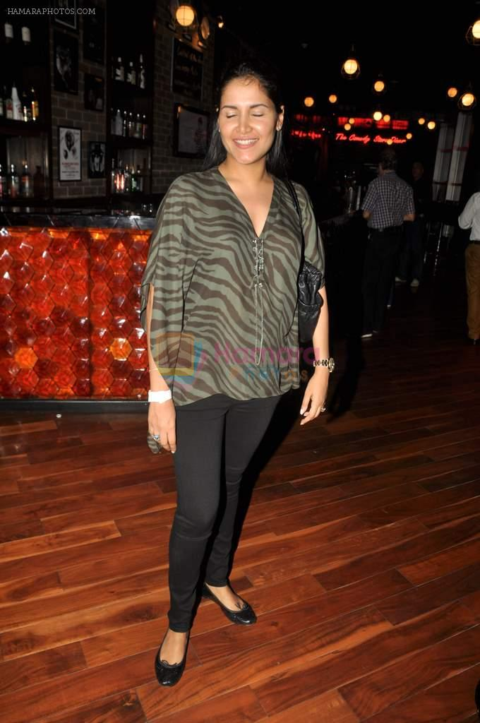 Tapur Chatterjee at Ash Chandler's play premiere in Comedy Store, Mumbai on 11th July 2012