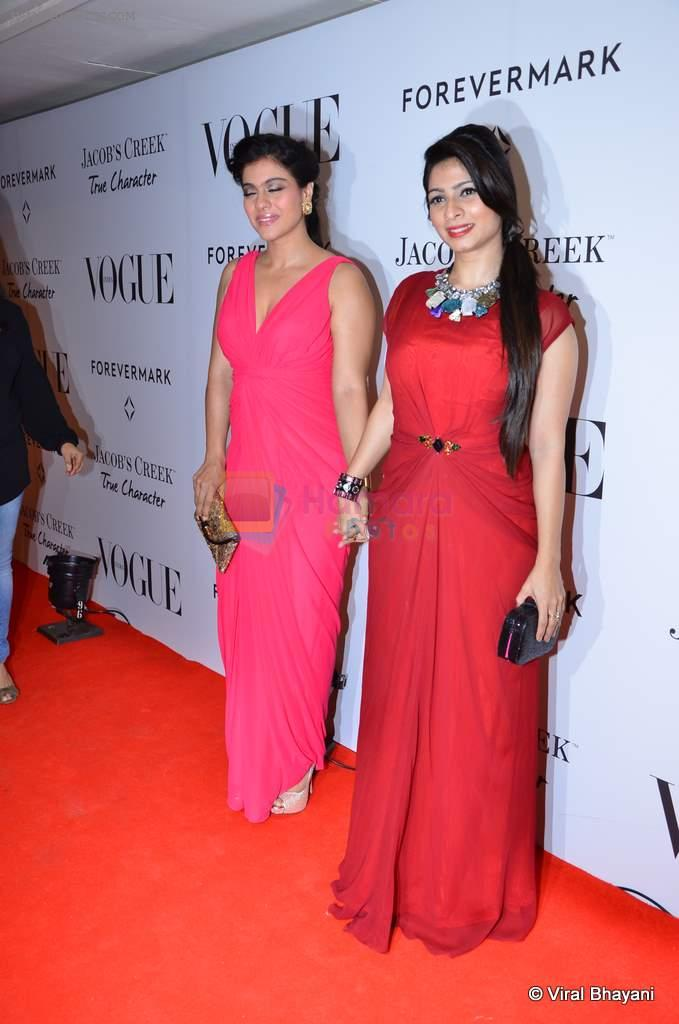 Kajol, Tanisha Mukherjee at Vogue's 5th Anniversary bash in Trident, Mumbai on 22nd Sept 2012