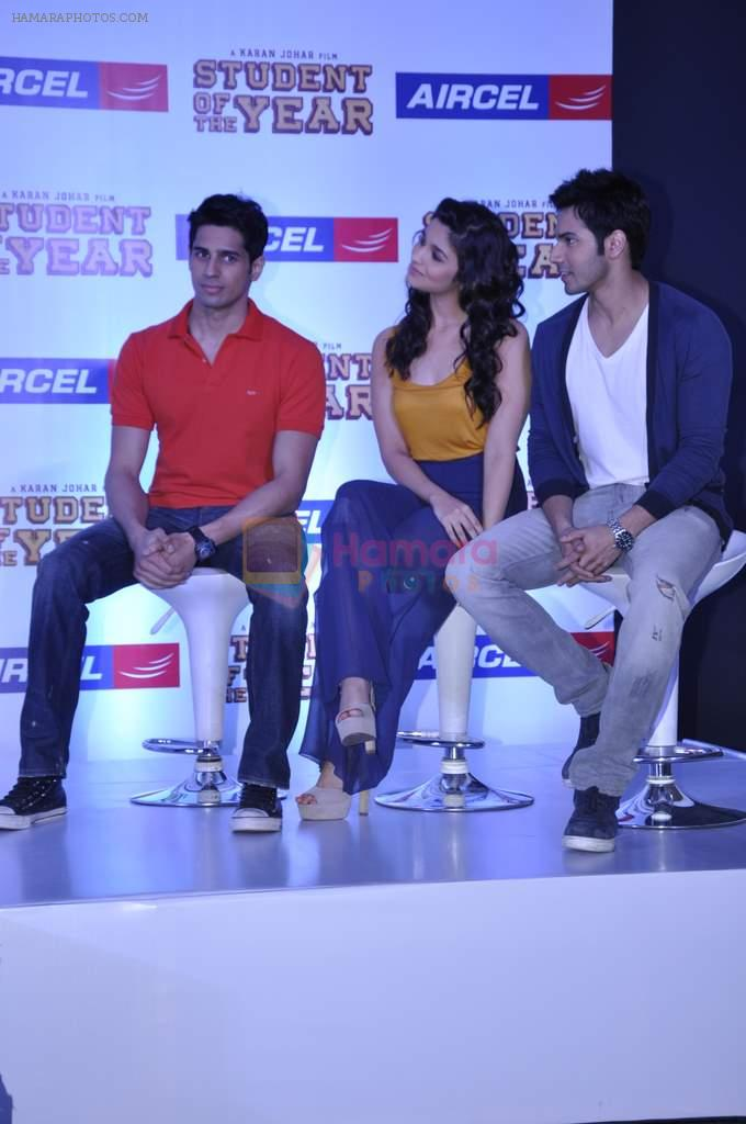 Varun Dhawan, Siddharth Malhotra, Alia Bhatt at Student of the year tie up with Aircel in Taj Hotel, Mumbai on 26th Sept 2012