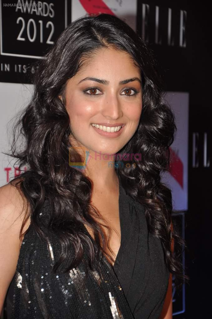 Yami Gautam at Elle beauty awards 2012 in Mumbai on 1st Oct 2012