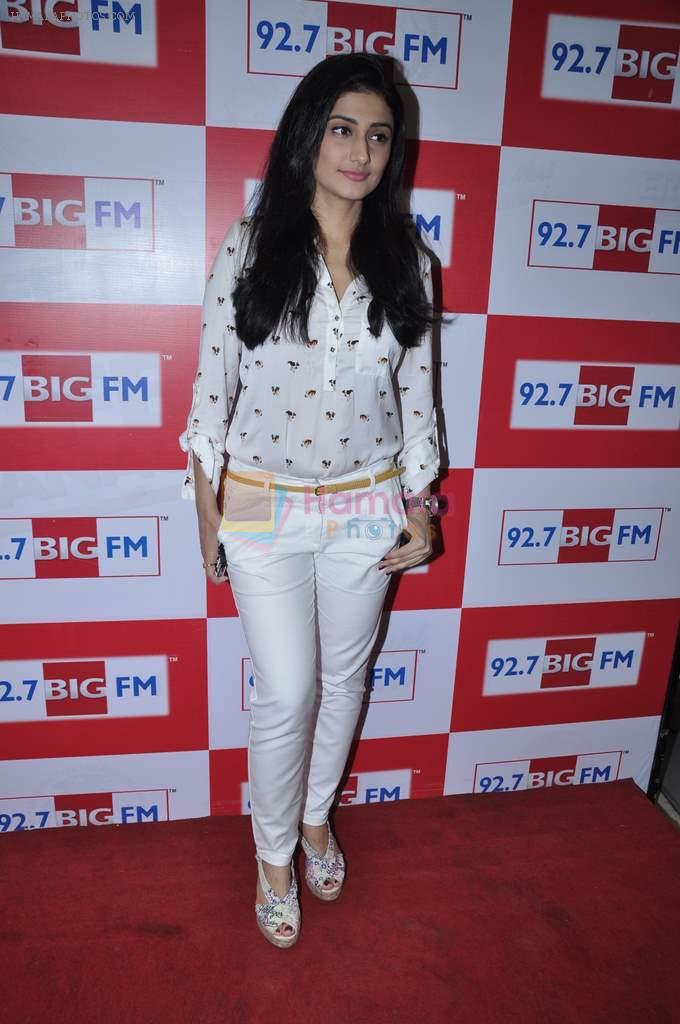 Ragini Khanna at Big FM in Mumbai on 1st Oct 2012,1