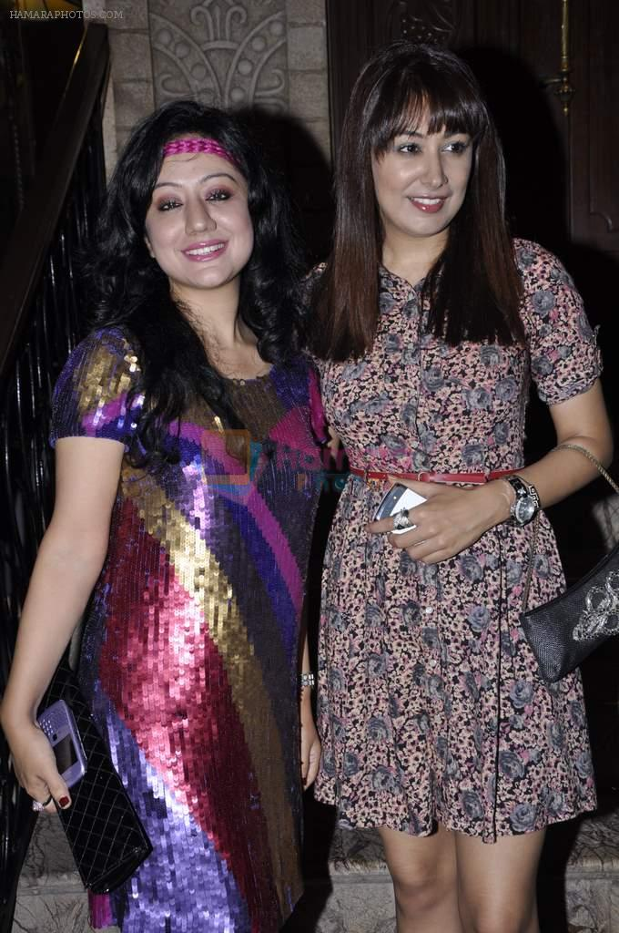 Madhuri Pandey, Anjali Pandey at Biba Singh new single launch in Mumbai on 2nd Oct 2012