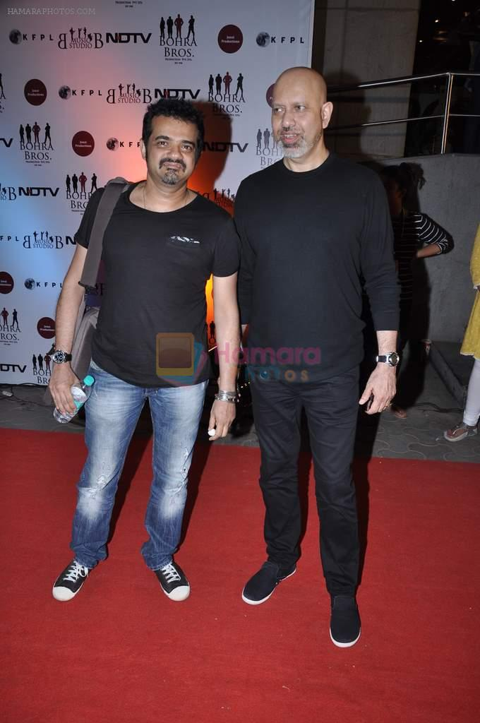 Ehsaan Noorani, Loy Mendonsa at the Premiere of Chittagong in Mumbai on 3rd Oct 2012