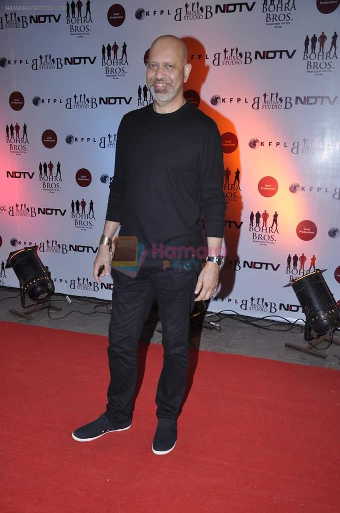 Loy Mendonsa at the Premiere of Chittagong in Mumbai on 3rd Oct 2012