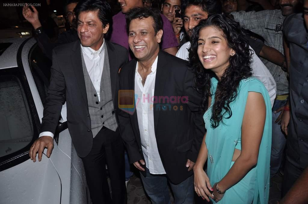 Shahrukh Khan, Bedabrata Pain, Vega Tamotia at the Premiere of Chittagong in Mumbai on 3rd Oct 2012