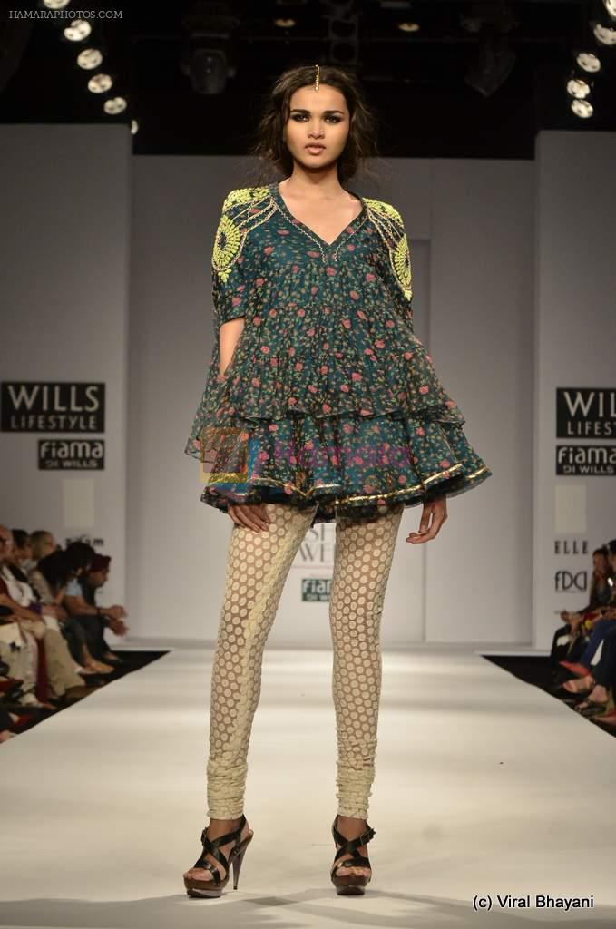 Model Walk The Ramp For Vineet Bahl Show At Wills Lifestyle India Fashion Week 2012 Day 4 On 9th