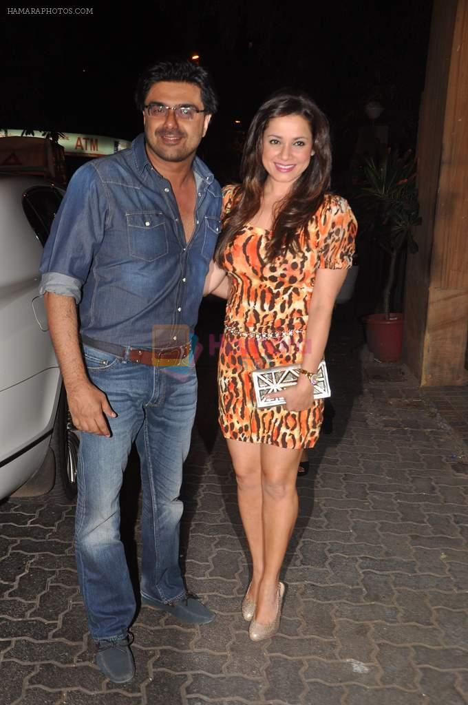 Neelam Kothari, Sameer Soni at Anu and Sunny Dewan's bash in Mumbai on 24th Dec 2012,1