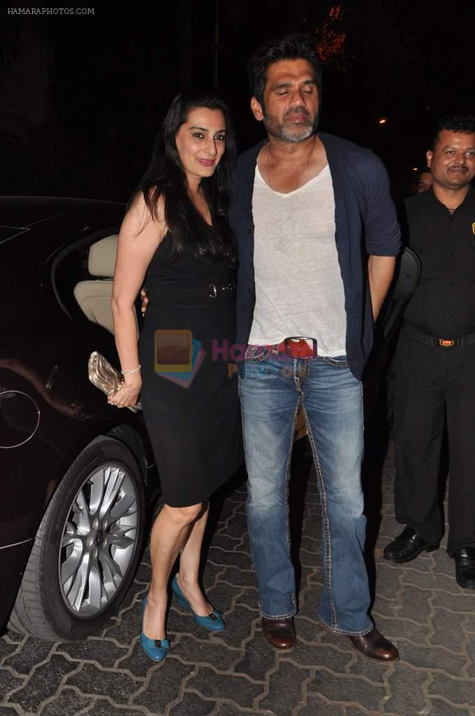 Sunil Shetty at Anu and Sunny Dewan's bash in Mumbai on 24th Dec 2012,1