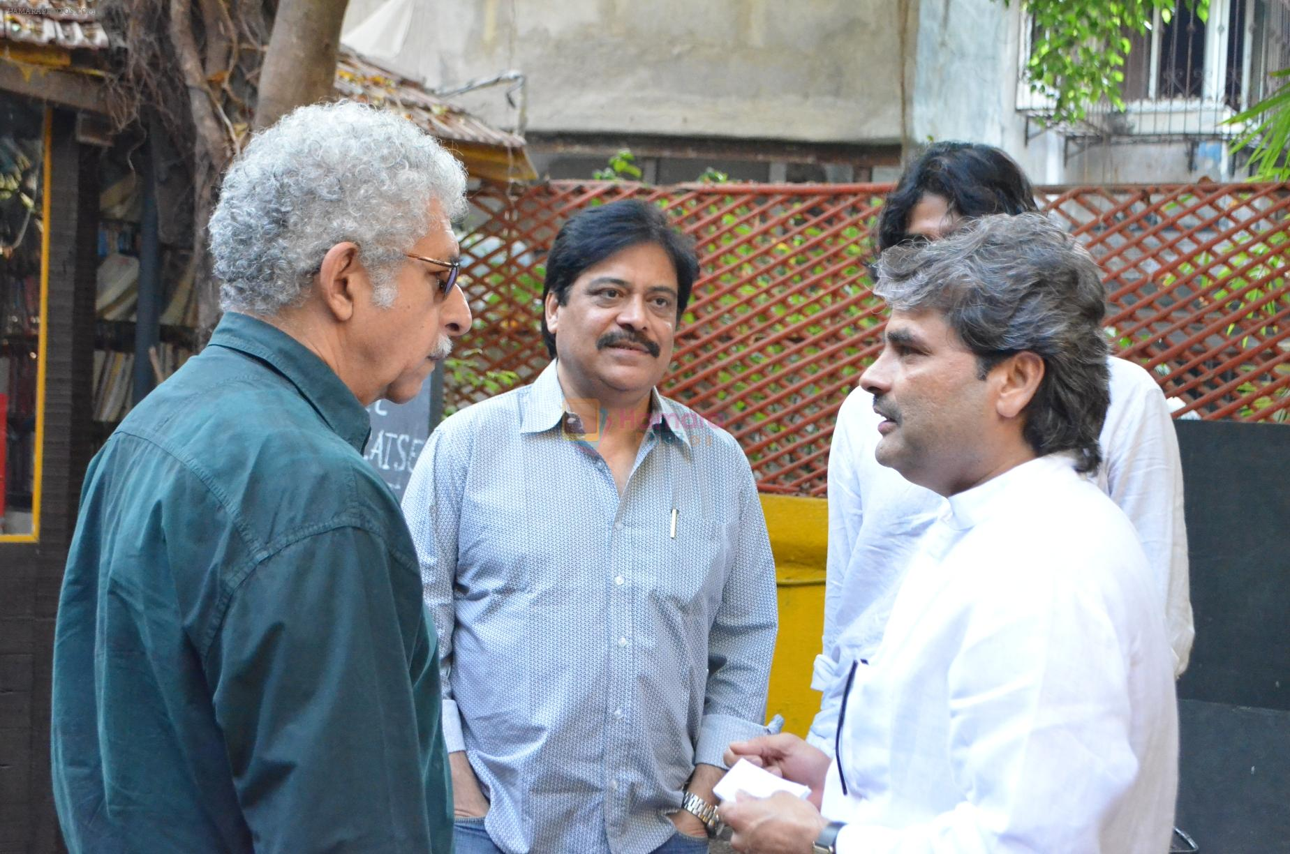 Naseeruddin Shah,Salim Arif and Vishal Bhardwaj at Salim Arif's 2 days show at prithvi theatre in Mumbai on 23rd Dec 2012