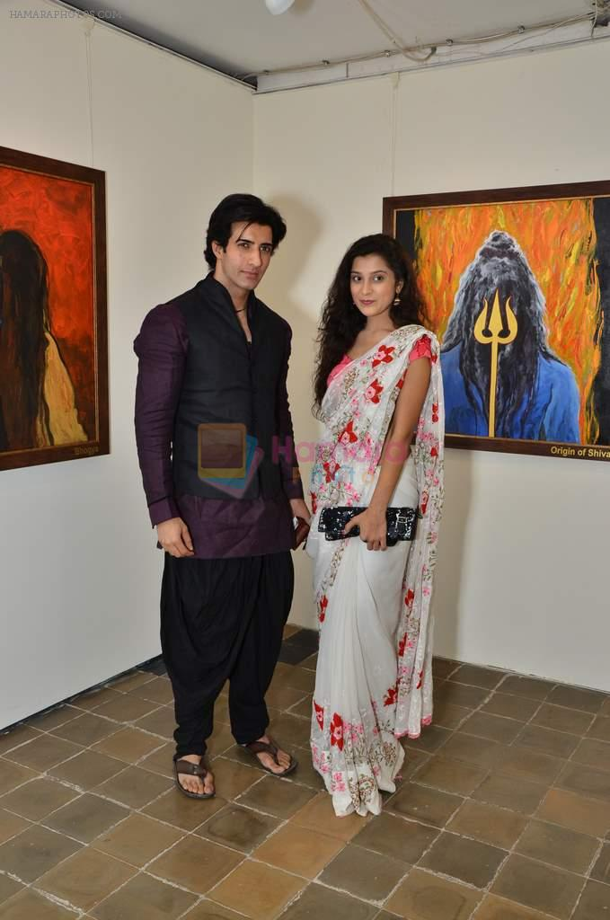 vicky batra, Surbhi Shukla at Bharat Tripathi's exhibition in Mumbai on 25th Dec 2012