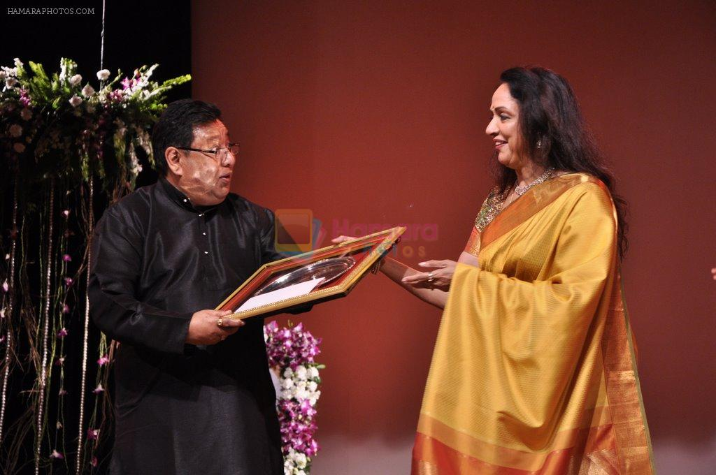 Hema Malini at Jaya smrit day 2 in Nehru, Mumbai on 27th Dec 2012
