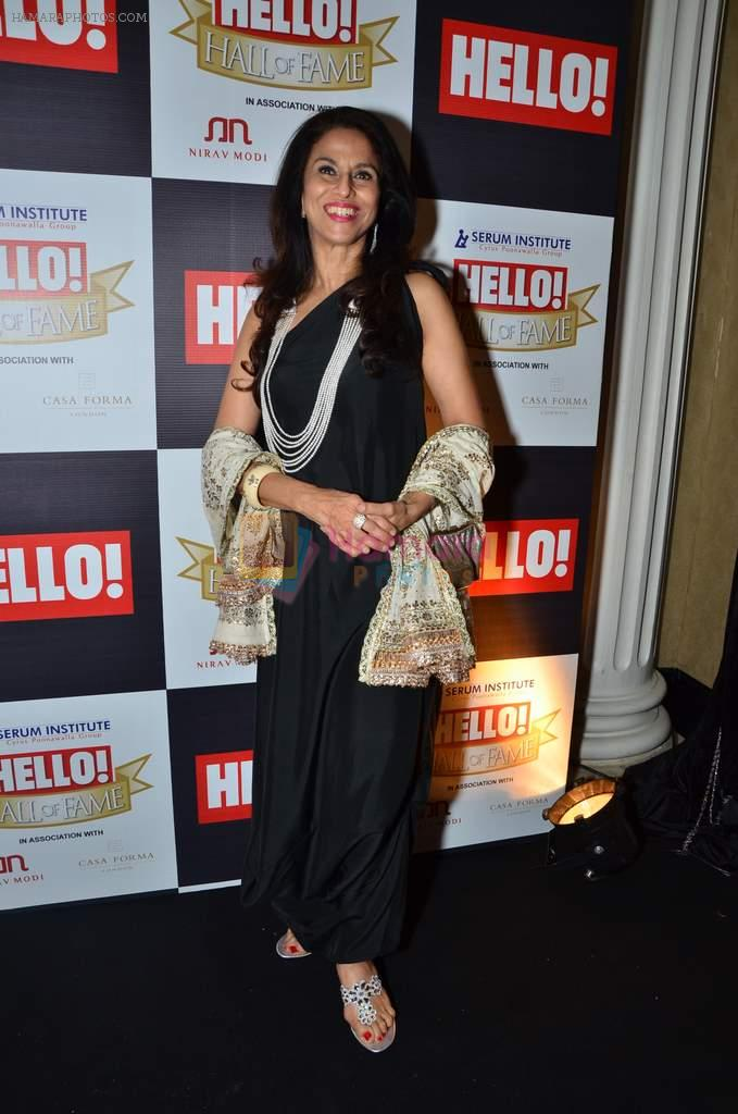Shobha De at red carpet of Hello Hall of Fame Awards in Mumbai on 27th Dec 2012
