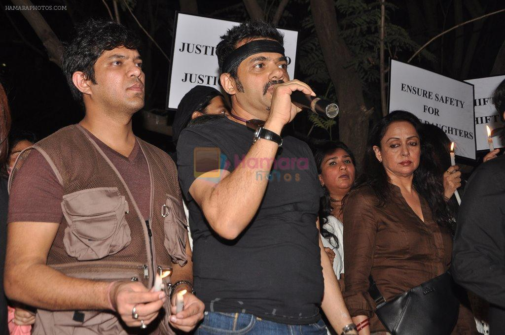 Ehsaan Noorani at the peace march for the Delhi victim in Mumbai on 29th Dec 2012