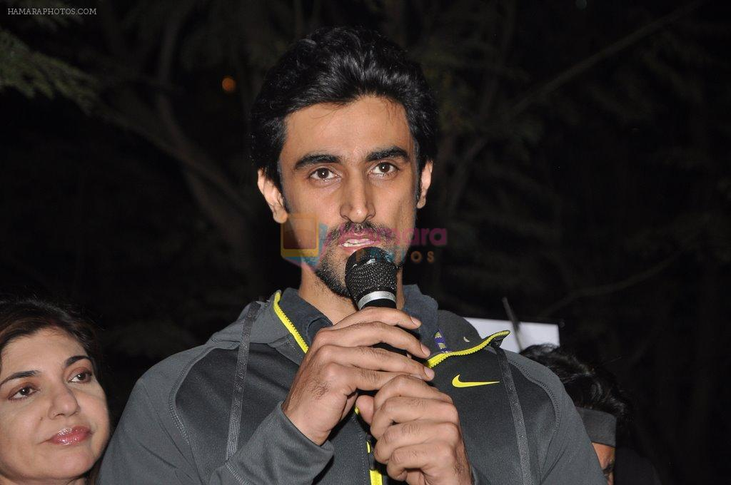 Kunal Kapoor at the peace march for the Delhi victim in Mumbai on 29th Dec 2012