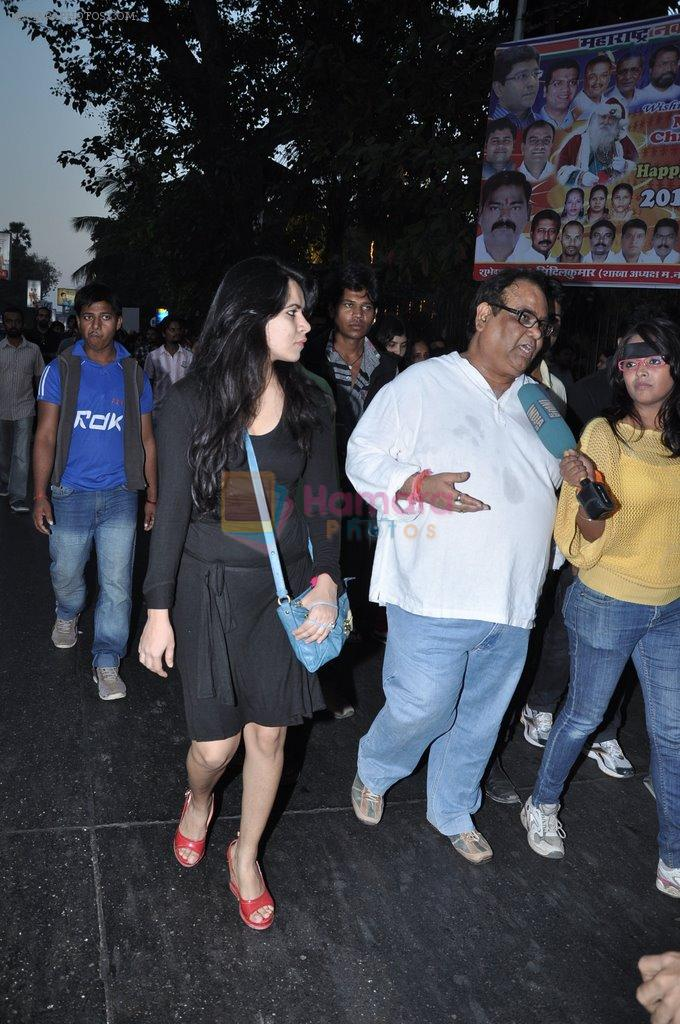 Satish Kaushik at the peace march for the Delhi victim in Mumbai on 29th Dec 2012