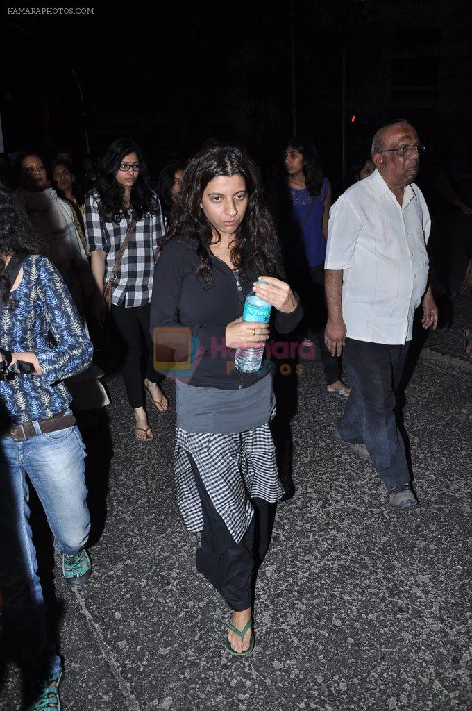 Zoya Akhtar at the peace march for the Delhi victim in Mumbai on 29th Dec 2012