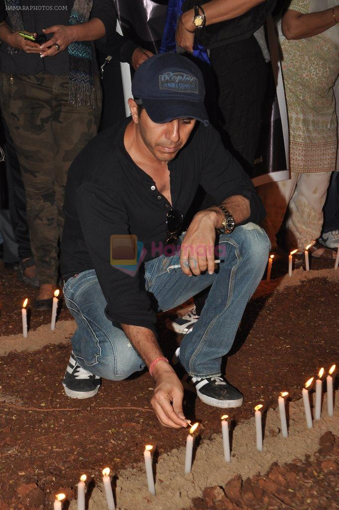 Ritesh Sidhwani at the peace march for the Delhi victim in Mumbai on 29th Dec 2012
