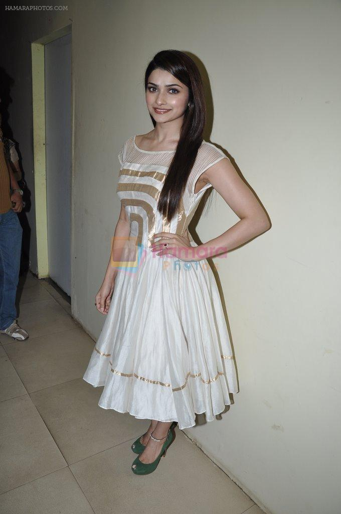Prachi Desai at Country Club new year's bash press meet in Andheri, Mumbai on 30th Dec 2012