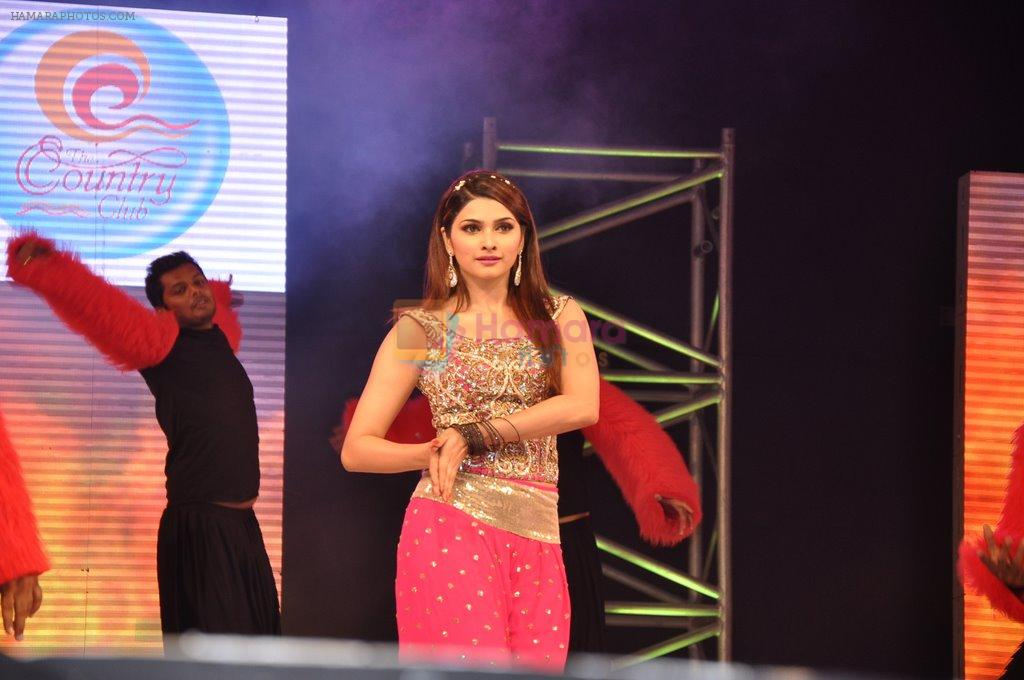 Prachi Desai at Country Club new year's bash on 31st Dec 2012