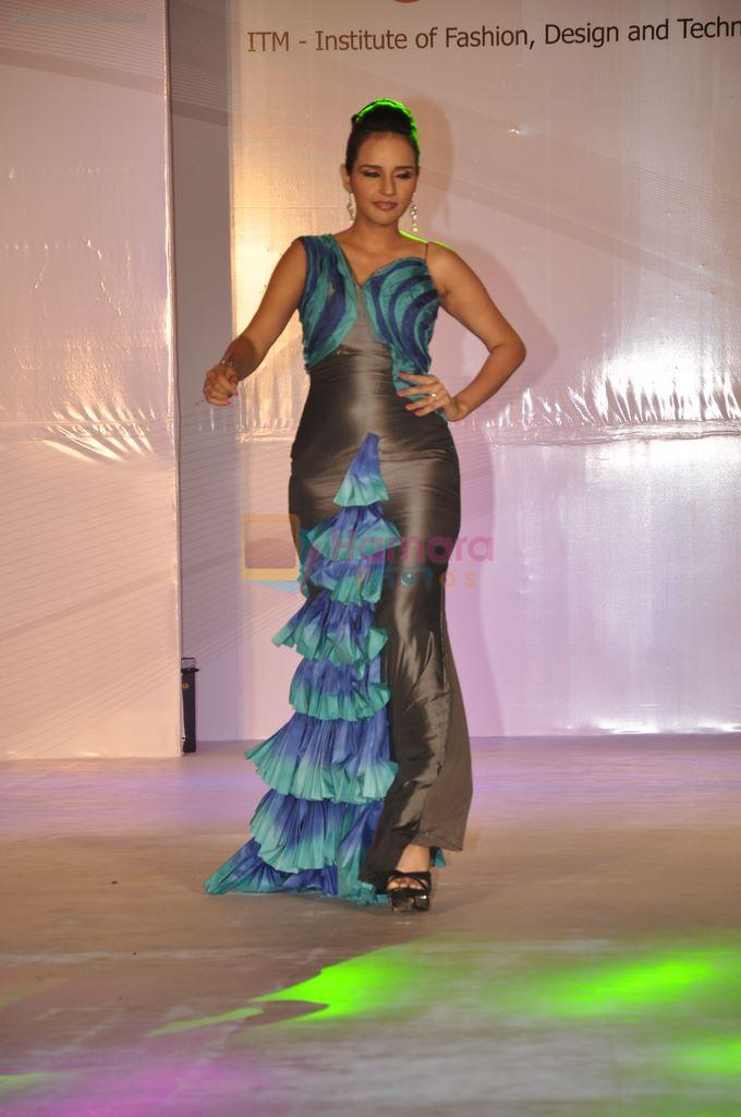 At Itm Institute S Spark Plug Fashion Show In Mumbai On 23rd Feb 2013 Fashion Events Bollywood Photos