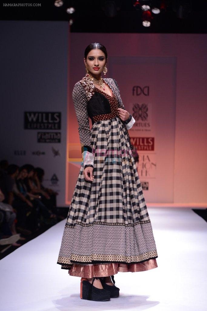 Model walks the ramp for Virtues Show at Wills Lifestyle India Fashion Week 2013 Day 5 in Mumbai on 17th March 2013