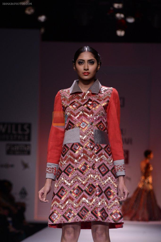 Model walks the ramp for Charu Parashar Show at Wills Lifestyle India Fashion Week 2013 Day 5 in Mumbai on 17th March 2013