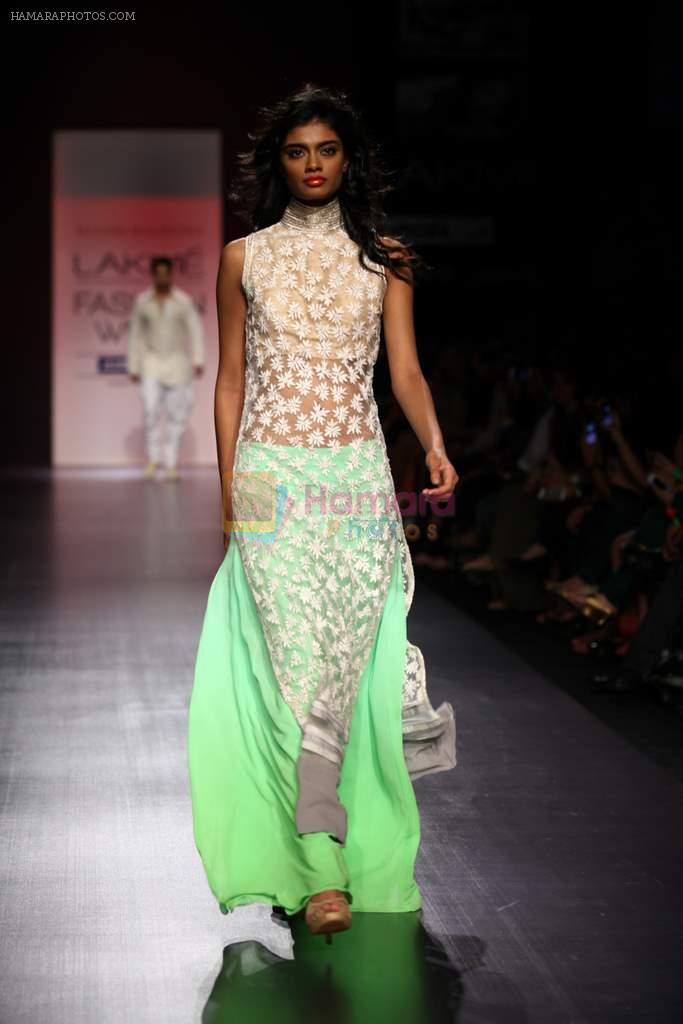Model walk the ramp for Manish Malhotra Show at Lakme Fashion Week 2013 Day 1 in Grand Hyatt, Mumbai on 22nd March 2013