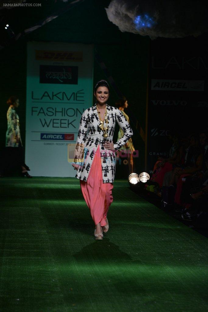 Parineeti Chopra walk the ramp for Masaba Show at Lakme Fashion Week 2013 Day 1 in Grand Hyatt, Mumbai on 22nd March 2013