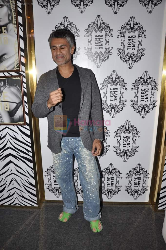 Arjun Khanna on Day 3 at Lakme Fashion Week 2013 in Grand Hyatt, Mumbai on 24th March 2013