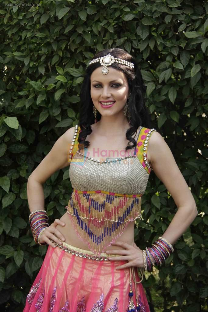Yana Gupta on location of film Dussehra in Pune on 1st April 2013