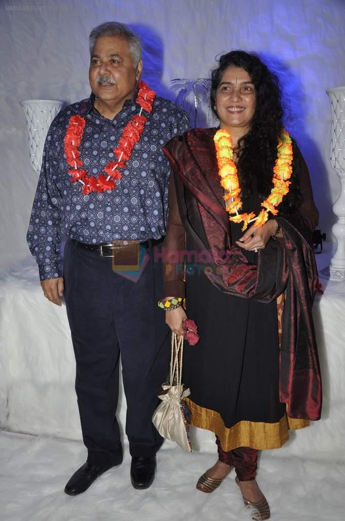 Satish Shah at Poonam Dhillon's birthday bash and production house launch with Rohit Verma fashion show in Mumbai on 17th April 2013