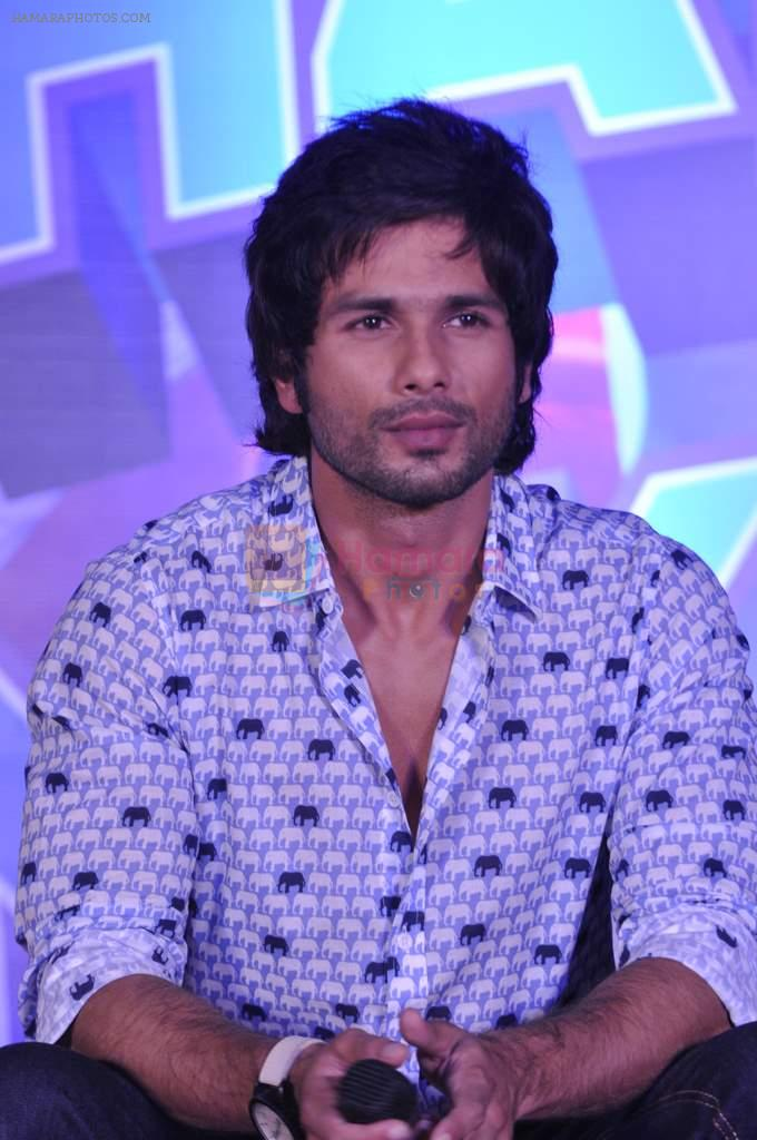 Shahid Kapoor at the Launch of Tu Mere Agal Bagal Hai song from Phata Poster Nikhla Hero in Mehboob, Mumbai on 26th July 2013