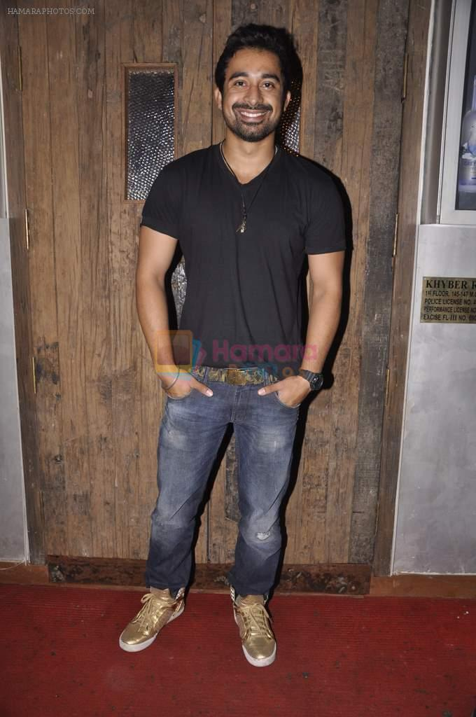 Ranvijay Singh at Anusha Dandekar's bash in Liv, Mumbai on 26th July 2013