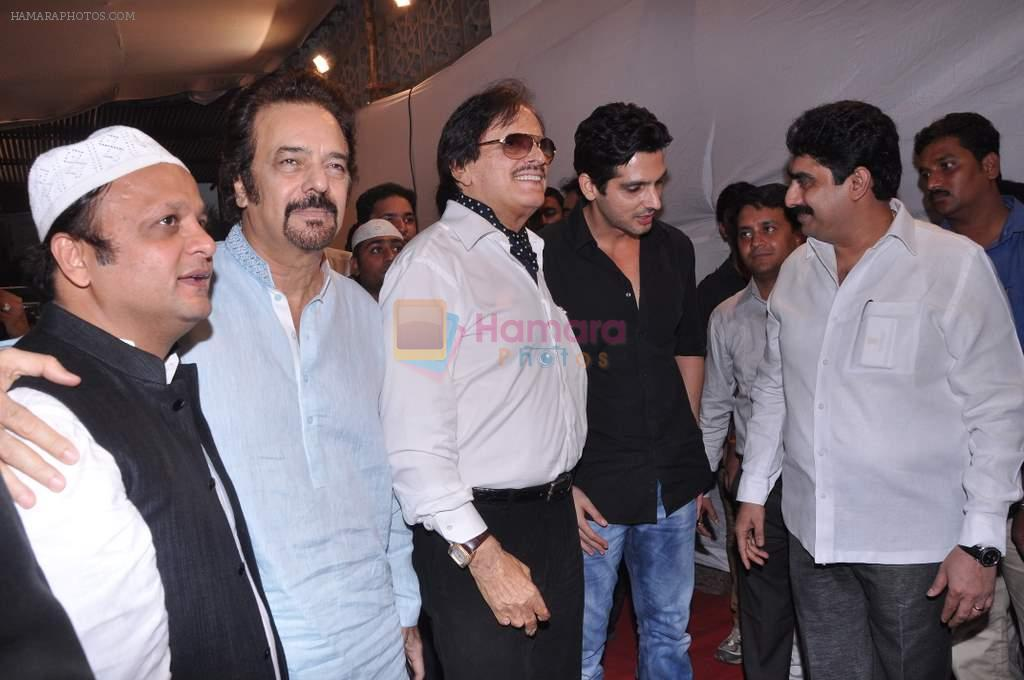 Sanjay Khan, Zayed Khan at Sharad Pawar's Iftar Party in Hajj House, Mumbai on 26th July 2013