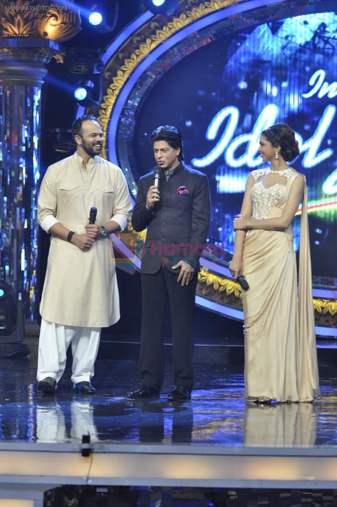 Shahrukh Khan and Deepika Padukone on the sets of Indian Idol Junior in Filmcity, Mumbai on 28th July 2013