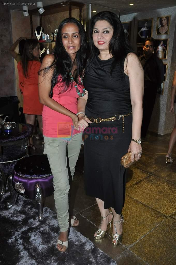 Kiran Juneja at Queenie's store launch in Mumbai on 21st Aug 2013
